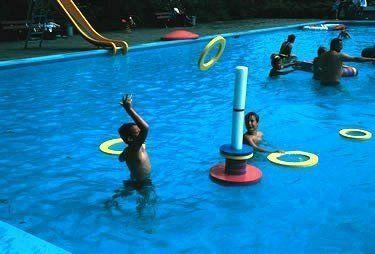 - Yüzen Oyuncak Seti Biplo Ringy, Havuz Oyun Seti